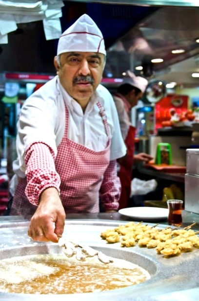 Fish is also very popular in Istanbul with a variety of options such as fish sandwiches and fried fish skewers.