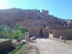 Back in Kasbah Ait Ben Haddou. This is a famous place where movies such as Gladiator, Indiana Jones and Cleopatra were filmed.