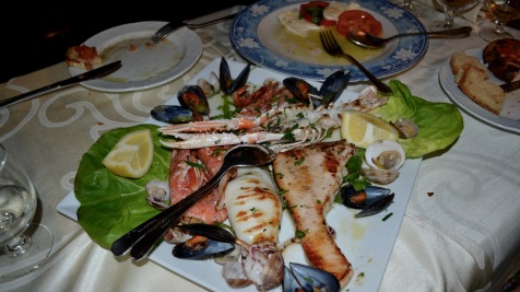 While Meta may have been a small town, it offered some of the best cuisine I've ever tasted. This seafood platter from Tico Tico was devoured by my friends and me in about 30 seconds.