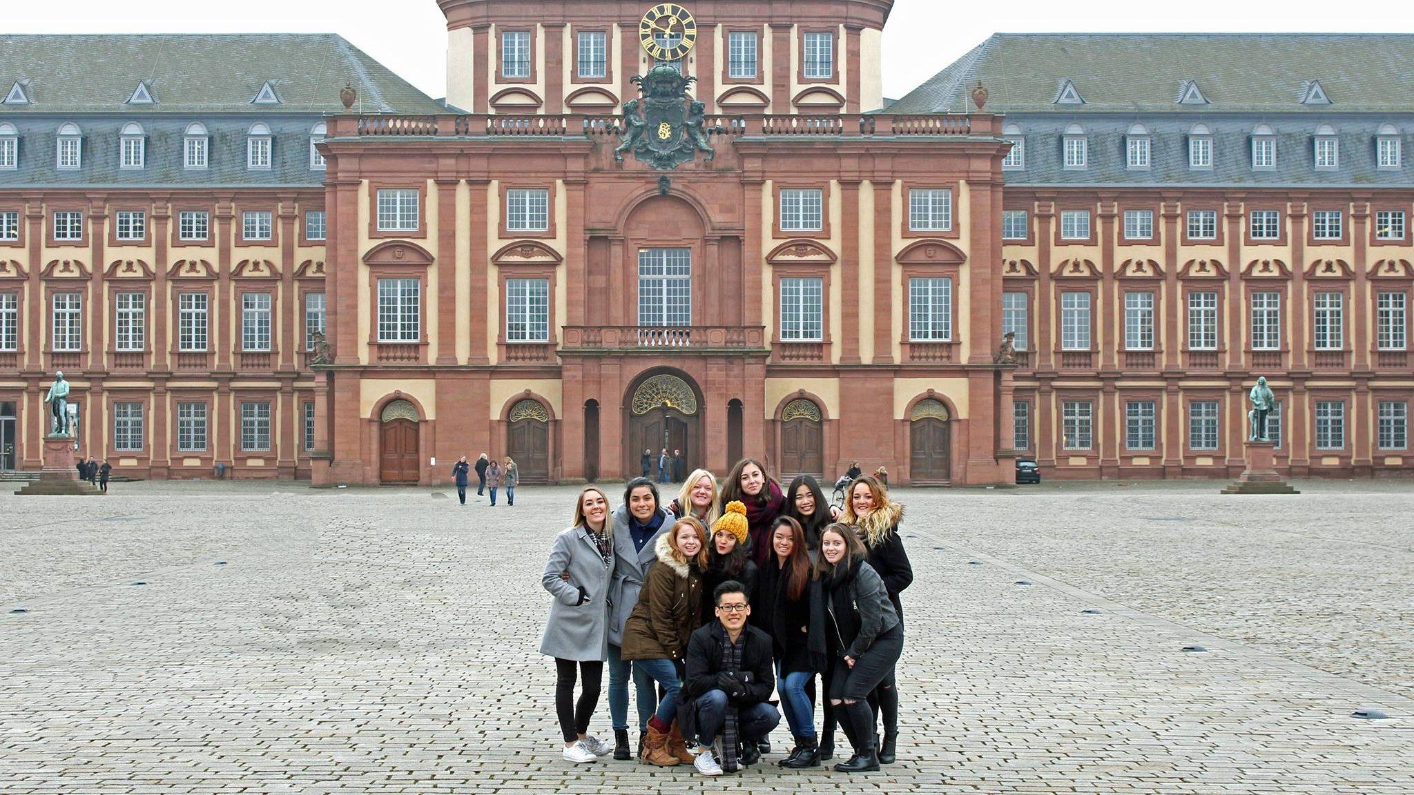 uni stade mannheim semester dates single  Universität Mannheim - Handelshögskolan, Göteborgs universitet. Universität Mannheim - Handelshögskolan, Göteborgs universitet.